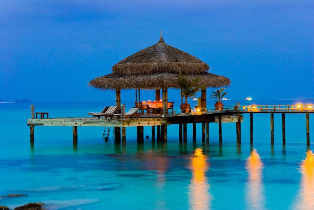 Flitterwochen: Romantischer Bungalow auf den Malediven