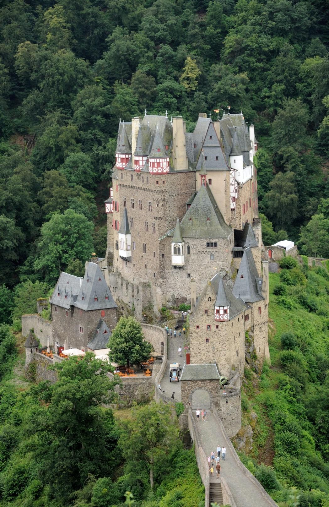 Burgen in Deutschland: Burg Eltz, Koblenz, Rheinland-Pfalz