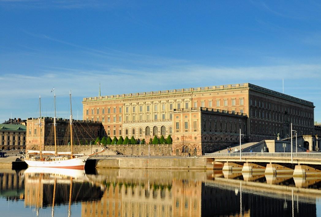 Der köngliche Palast zählt ebenfalls zu den Top Sehenswürdigkeiten in Stockholm.