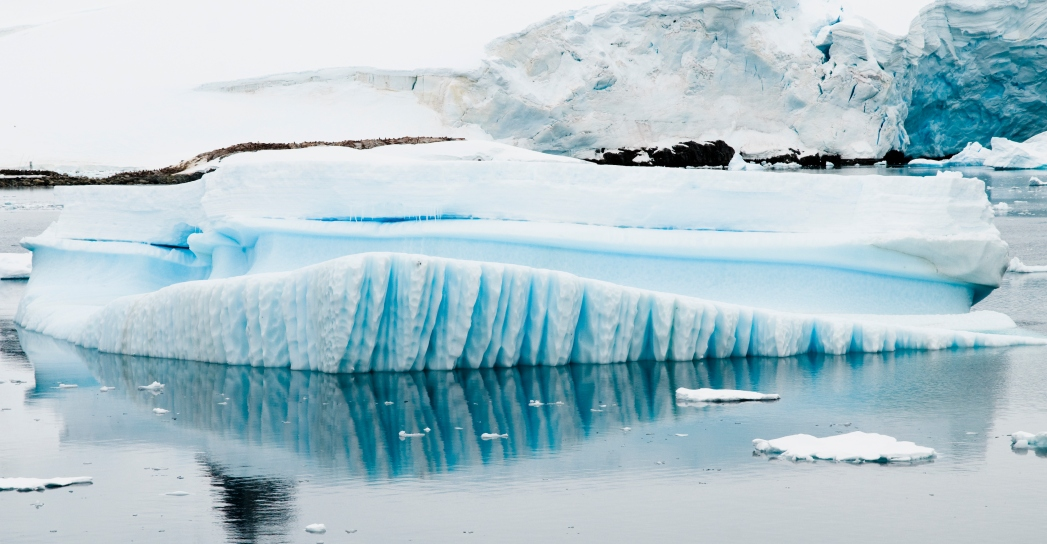 Die 20 spektakulärsten Wunder der Natur: Gestreifte Eisberge in der Antarktis