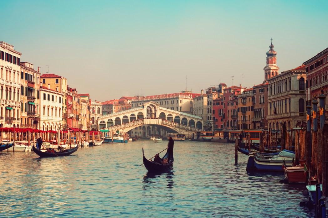 Klischee-Reisen, die man gemacht haben muss: Gondelfahrt in Venedig