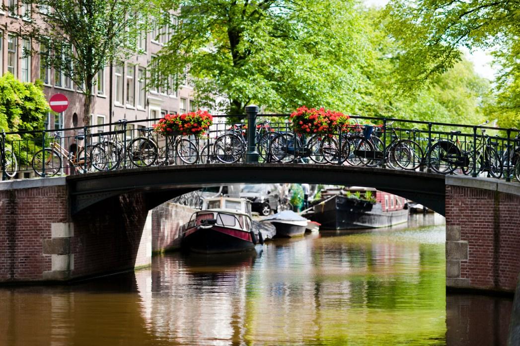 Fahrt durch die Amsterdamer Grachten