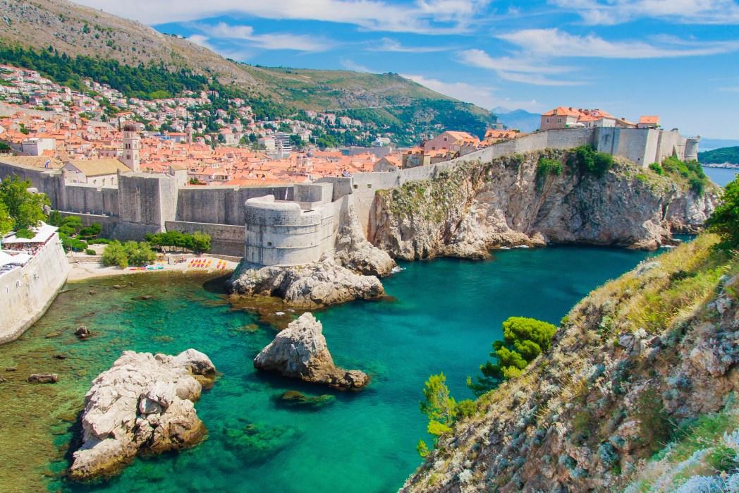 Europäische Städte am Meer mit Strand: Dubrovnik, Kroatien