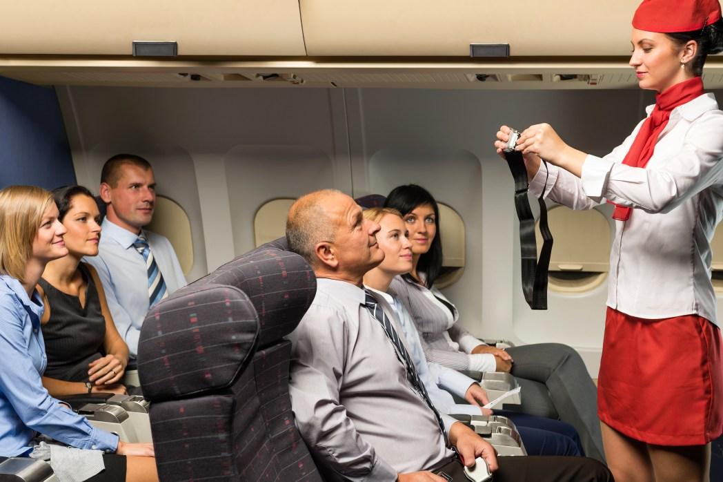 Berufe, bei denen man viel reist: Flugbegleiter, Stewardess