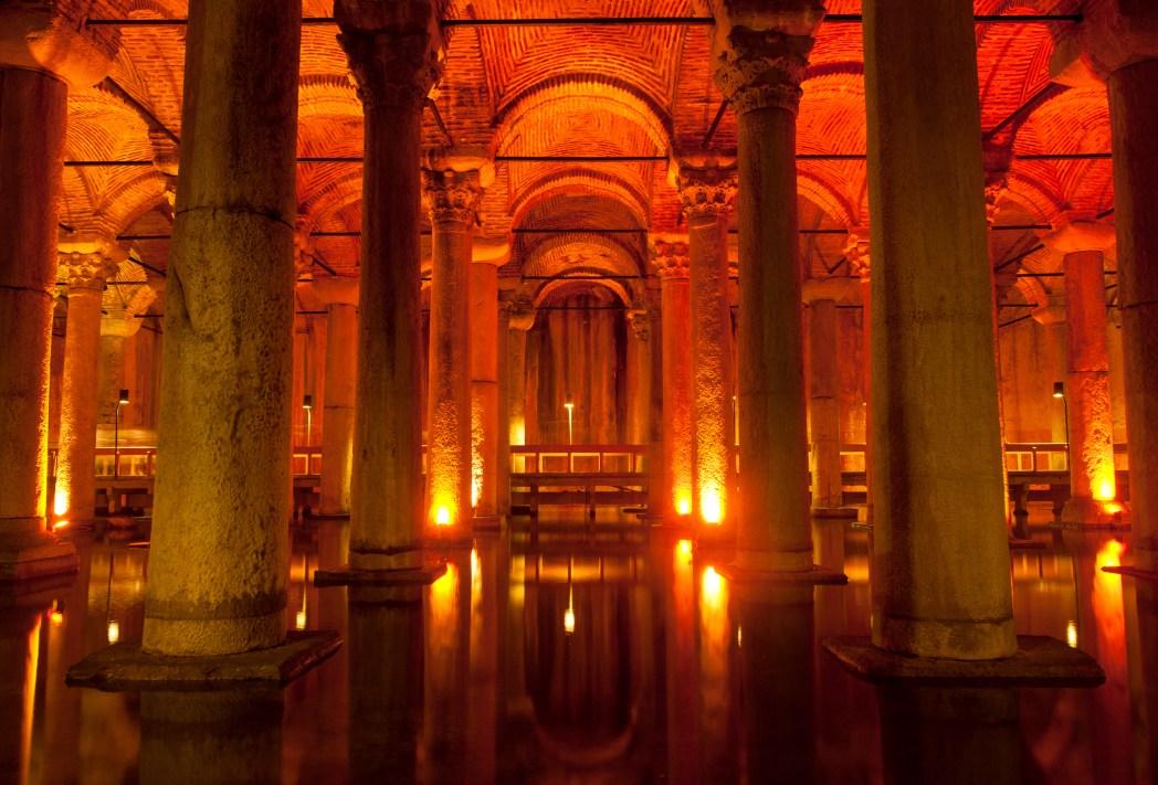 Attraktionen in Istanbul: Cisterna Basilica (Yerebatan Sarnıcı)
