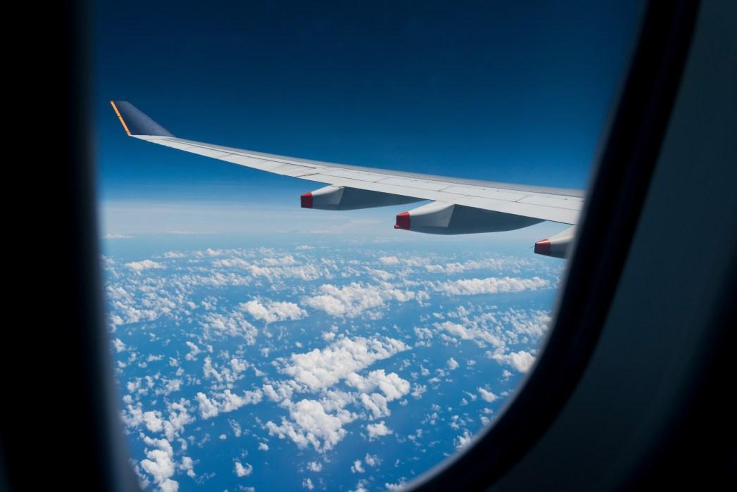 Flug-Etikette: Die Sache mit den Fensterläden