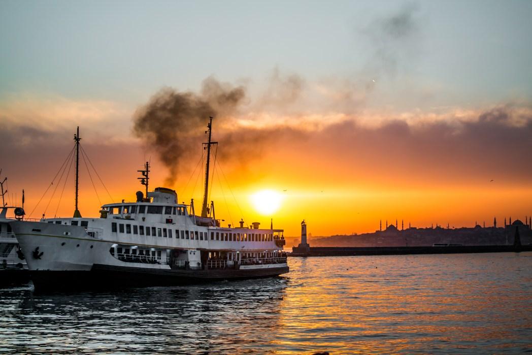 Istanbul per Boot entdecken