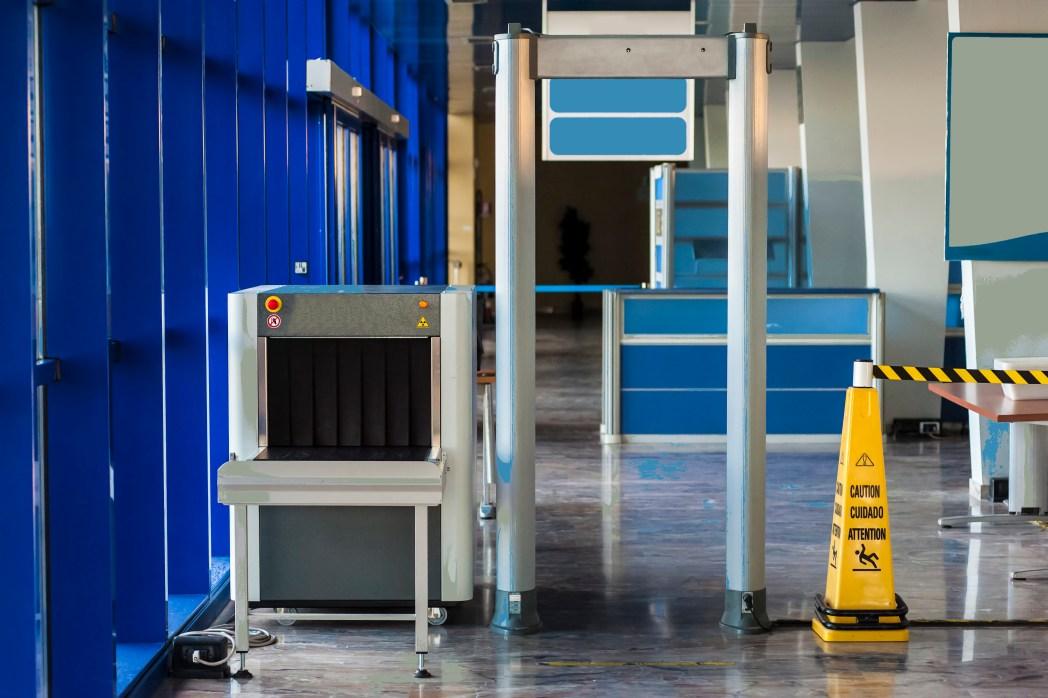 Security-Check am Flughafen: Kein unnötiger Schnick-Schnack