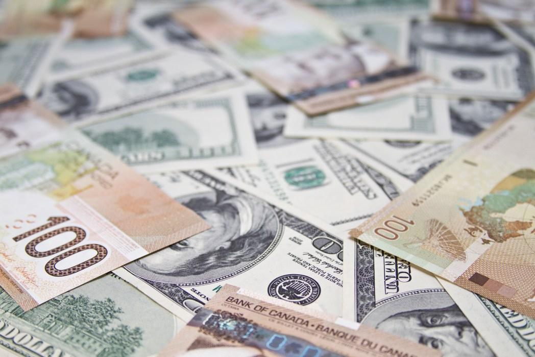 Zollbestimmungen in Nicht-EU-Ländern: Einschränkungen beim Bargeld