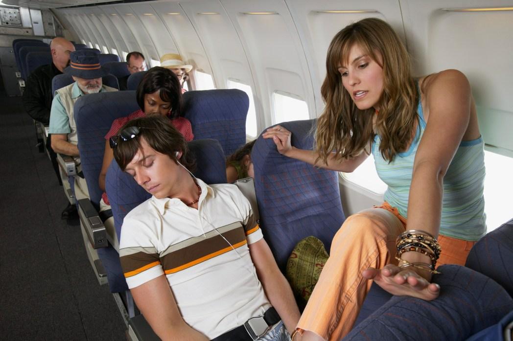 Mehr Beinfreiheit im Flugzeug: Gangplatz im Flieger