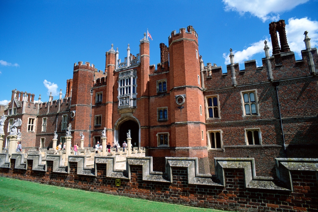 Royale Attraktionen in London: Hampton Court Palace