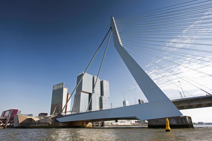 Kop van Zuid: Kultur und beeindruckende Architektur