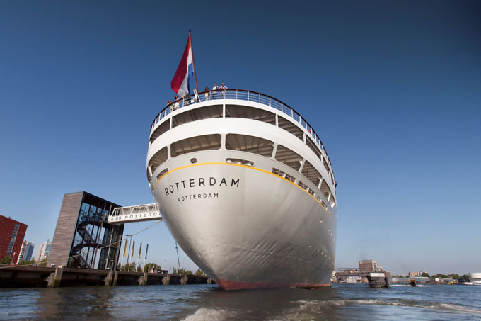 """Die """"Grande Dame"""" der Stadt: die SS Rotterdam"""