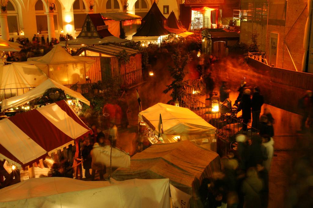 Mittelalter-Weihnachtsmarkt Stallhof Dresden