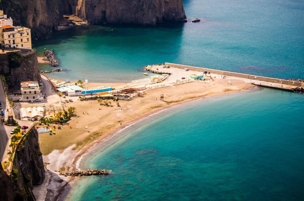 Die schönsten Strände in Italien: Der Strand von Meta, Kampanien