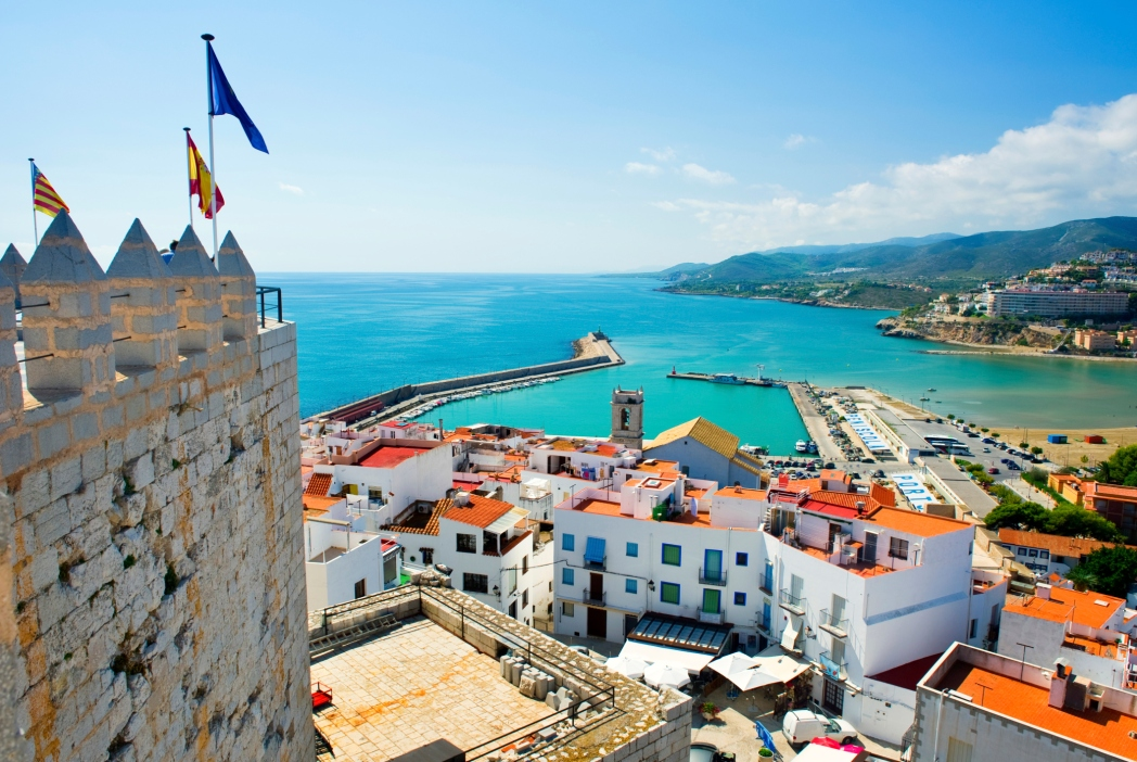 Europäische Städte am Meer mit Strand: Valencia, Spanien